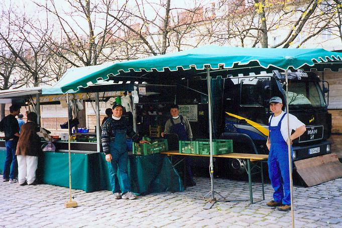 bauernmarkt maria hilf platz